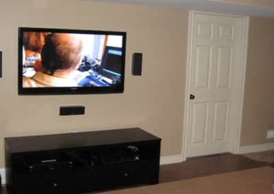 TV Wall Mounting, Surround Sound Installation, Concealed Wiring. Residential Living Room. London, Ontario -HTAV.