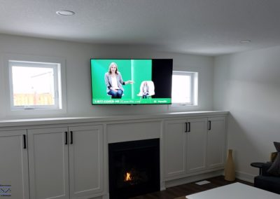 TV Wall Mounting, In-Ceiling Speakers, Concealed Wiring. Residential Living Room. London, Ontario -HTAV